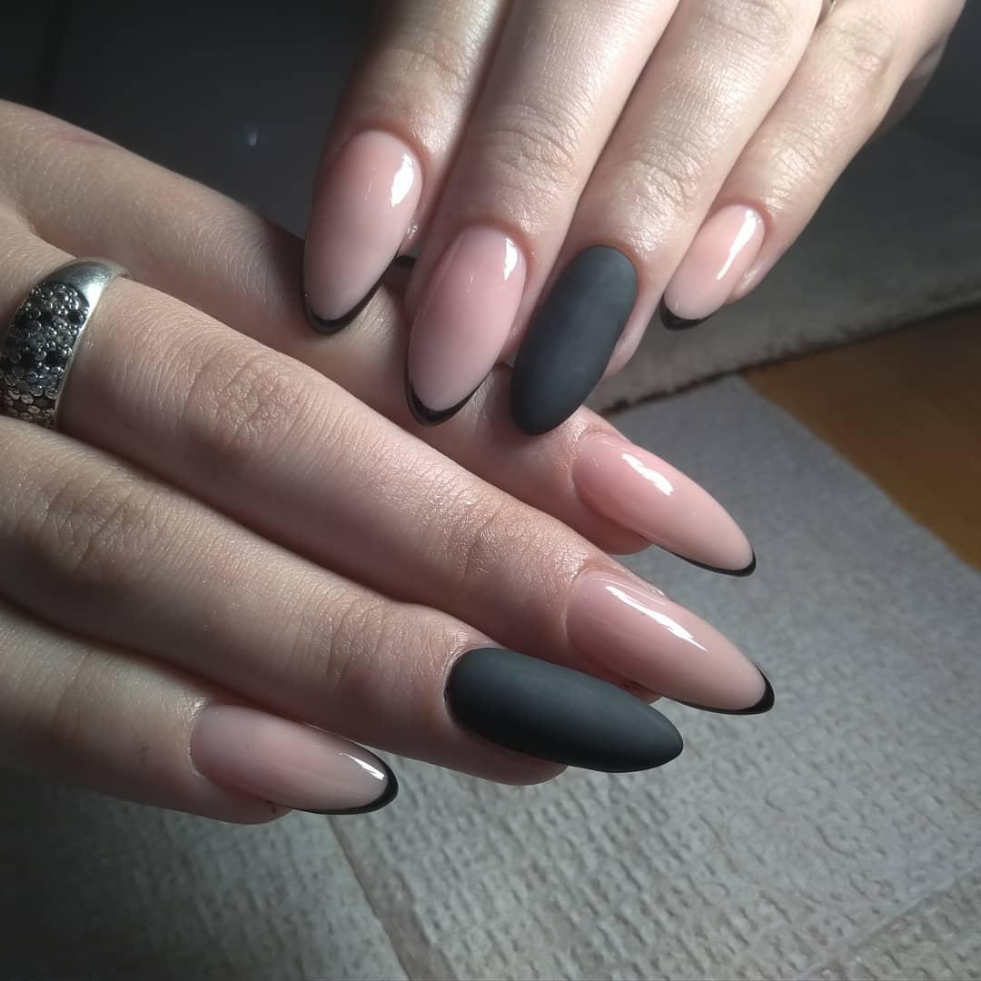 розово-черный (камуфляж) френч на длинных ногтях